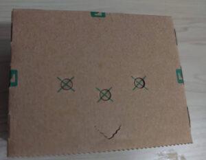 エムボットの間違った顔